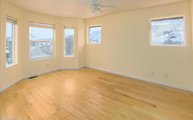 985 York View Drive - photo 1