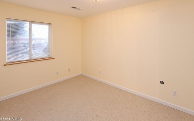 985 York View Drive - photo 8
