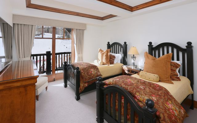 Ritz-Carlton Penthouse 905 - photo 14