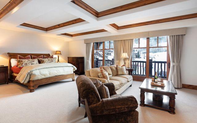 Ritz-Carlton Penthouse 905 - photo 9