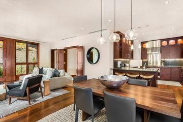 141 Meadow Drive 5C EAST Vail, CO