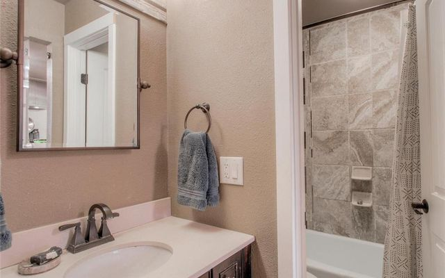Lake View Condo 505 - photo 17