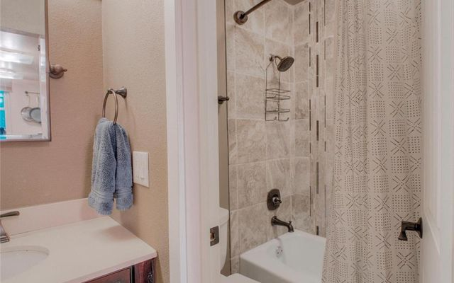 Lake View Condo 505 - photo 5
