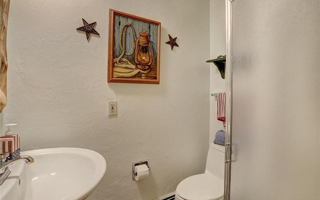 Claimjumper Condo 21 - photo 9