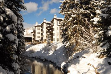 242 Meadow Drive 302-2 Vail, CO