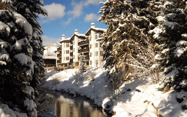242 Meadow Drive 302-2 Vail, CO 81657