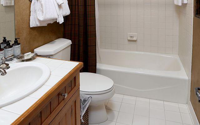 Elkhorn Lodge Condo 414 - photo 11
