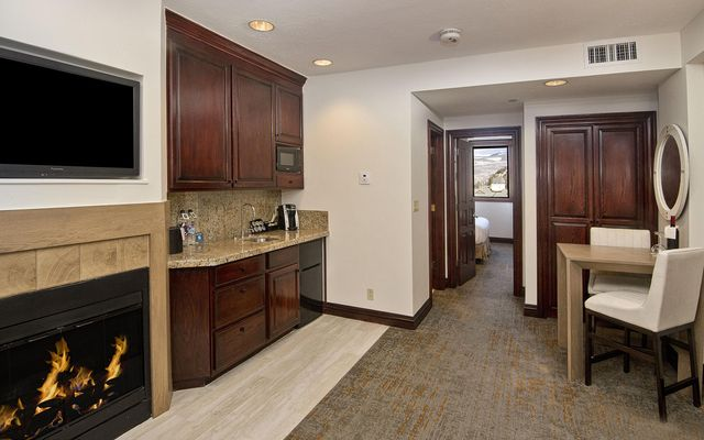 The Suites At Beaver Creek Lodge 504-H - photo 4