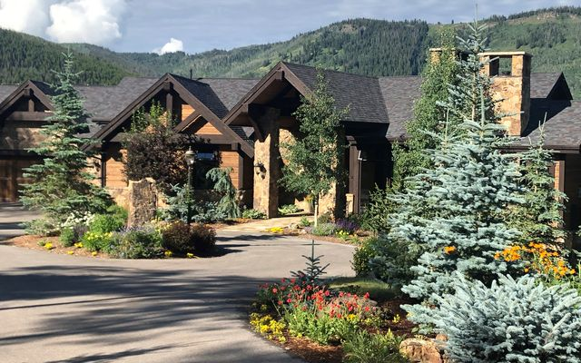 1808 Colorow Road Edwards, CO 81632