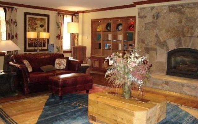 Valdoro Mountain Lodge Condo 206  - photo 12