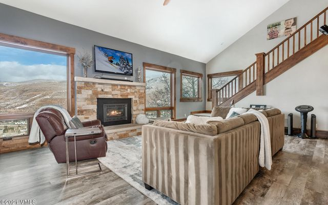 946 Eagle E Avon, CO 81620