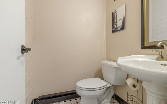 Met Townhome 2 - photo 25
