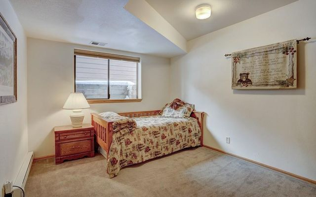 Village Point Townhomes At Breck 120 - photo 21