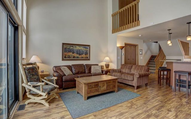 Village Point Townhomes At Breck 120 - photo 8