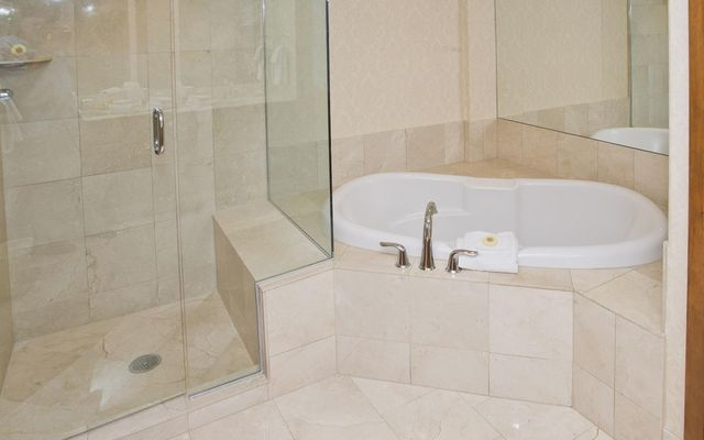242 Meadow Drive #304 - photo 16