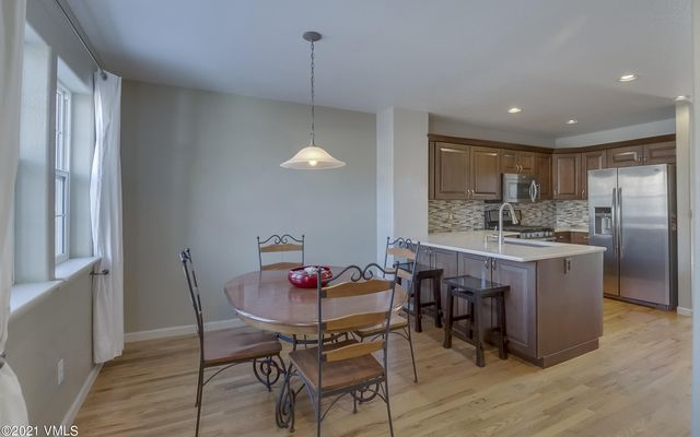 Red Canyon Townhomes 58 - photo 2