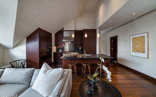 Solaris Residences Penthouse F Wes - photo 14