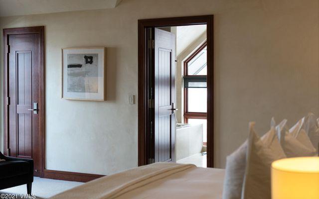 Solaris Residences Penthouse F Wes - photo 30