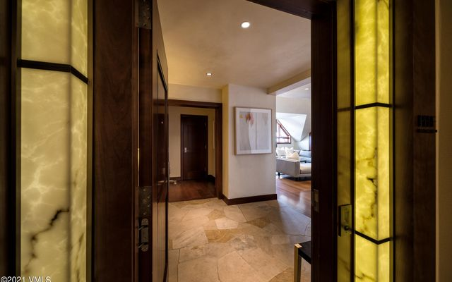 Solaris Residences Penthouse F Wes - photo 35