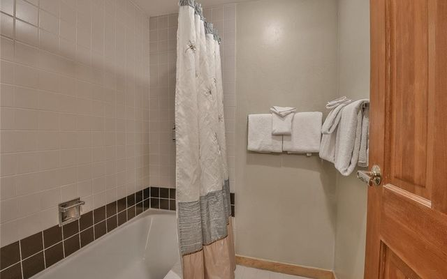 Liftside Condo 225 - photo 9