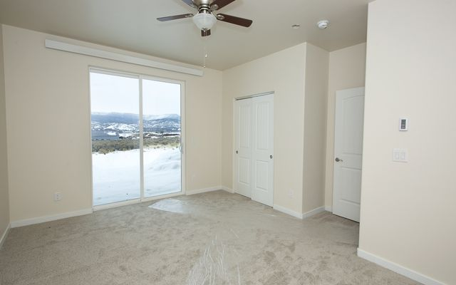 1055 Hawks Nest - photo 11