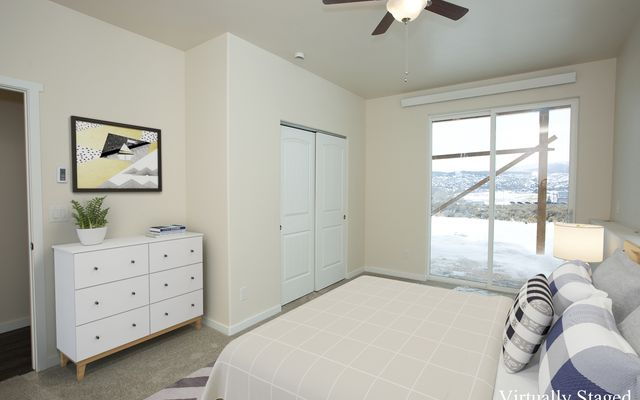 1055 Hawks Nest - photo 13