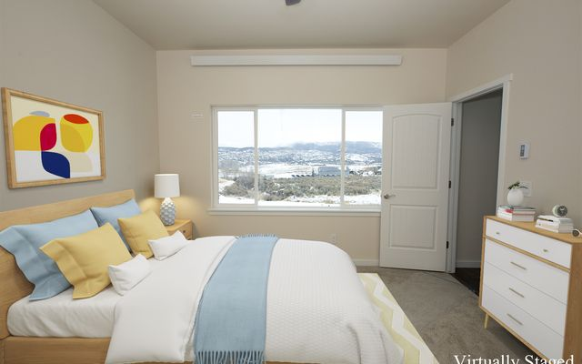 1055 Hawks Nest - photo 6