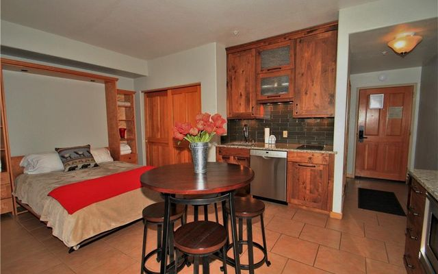 Gateway Condo 5090 - photo 2