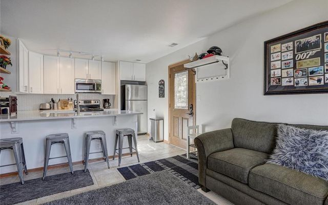 Village Point Townhomes At Breck 112 - photo 4