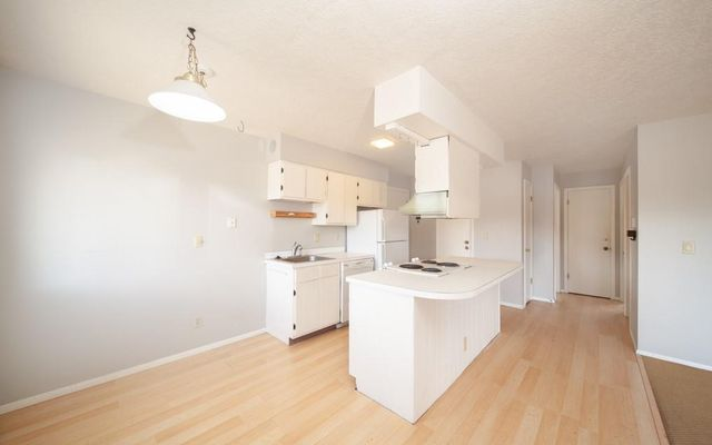 Chateau Claire Condo 28 - photo 6