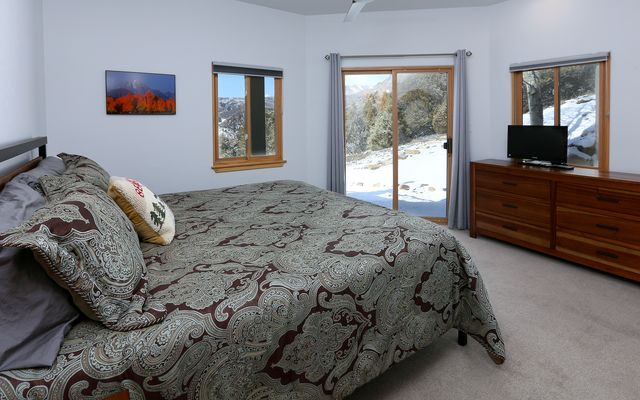805 Andorra Road - photo 19