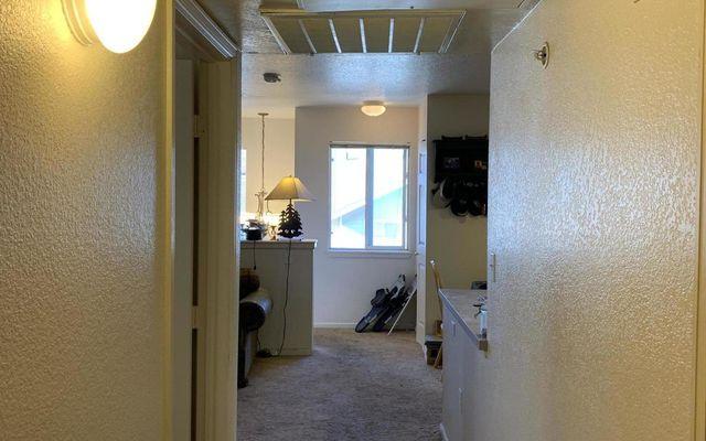 Mountain Glen Condominiums E-202 - photo 7