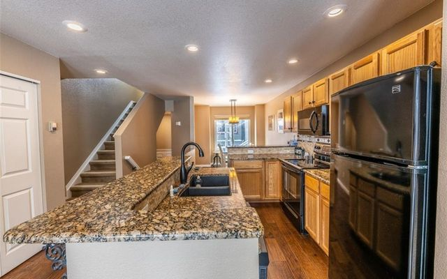 Spyglass At Wildernest Townhomes 79 - photo 11