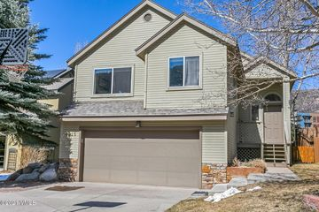 4915 Eaglebend Drive Avon, CO