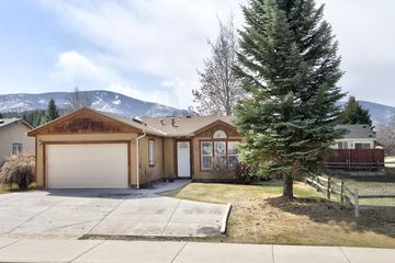 612 Sunny Avenue Gypsum, CO