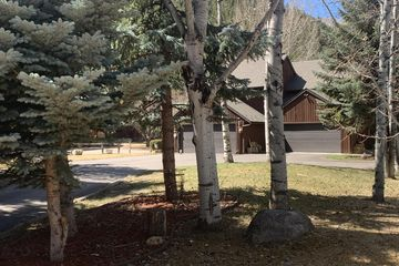 47 Elk Lane N 1/2 Eagle-Vail, CO
