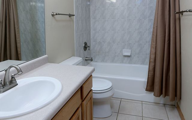 Greenbrier Condos 36 - photo 9