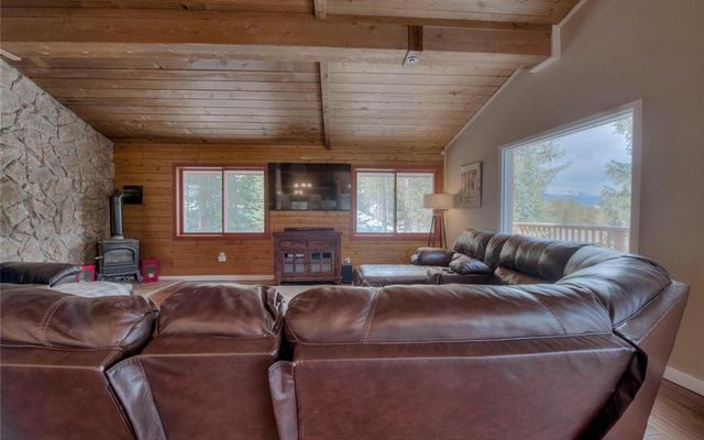 551 High Point Drive - photo 2