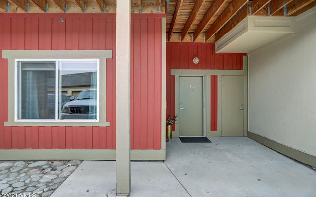 The Lofts On The Eagle River c2 - photo 2