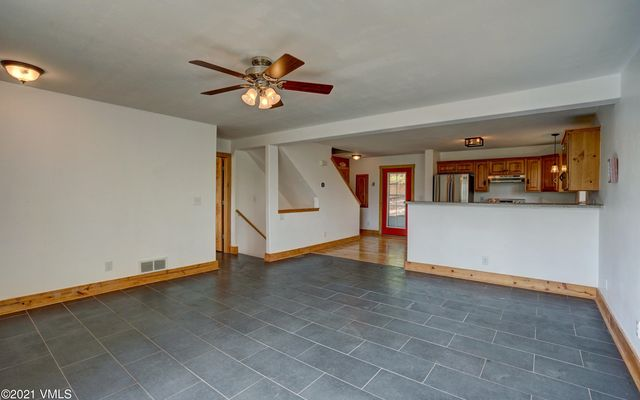 22 Comstock Court - photo 5