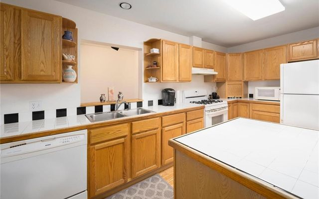 537 Bighorn Circle - photo 2
