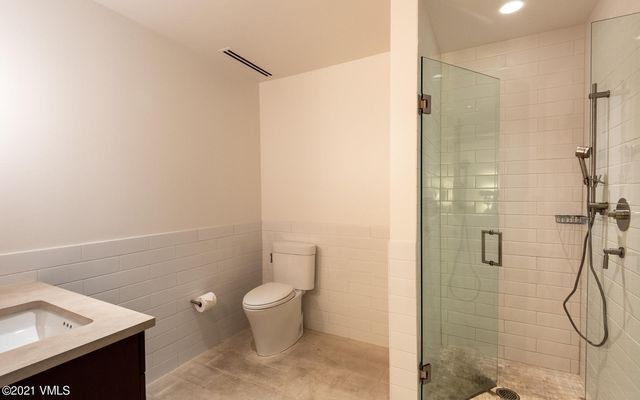 Solaris Residences 3c East - photo 12