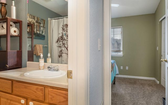 Red Canyon Townhomes  - photo 16