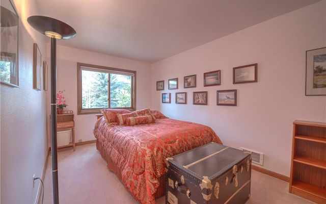 257 E Coyote Court - photo 31