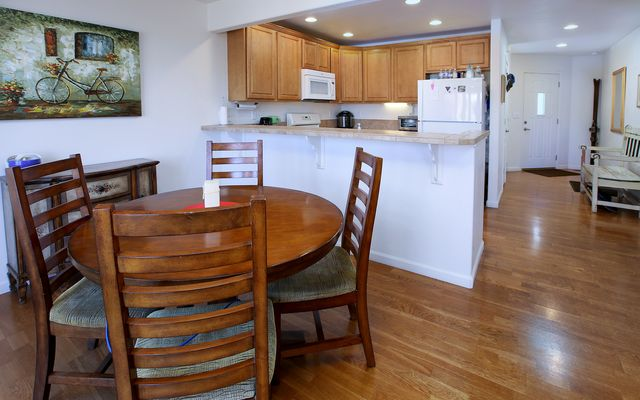 The Bluffs Townhomes l2 - photo 3