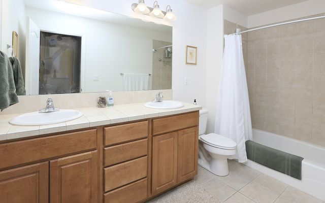The Bluffs Townhomes l2 - photo 7