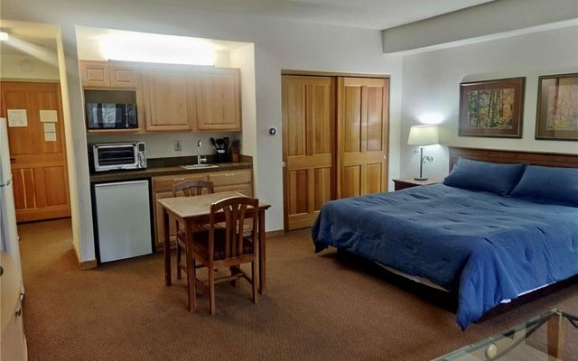 Gateway Condo 5037 - photo 3