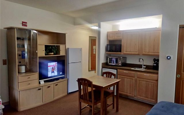 Gateway Condo 5037 - photo 9