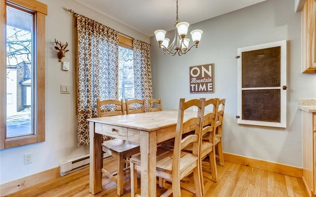 Woodworks Townhomes 6726 - photo 4