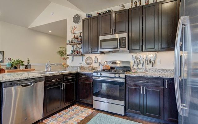 West Hills Townhomes - - photo 9